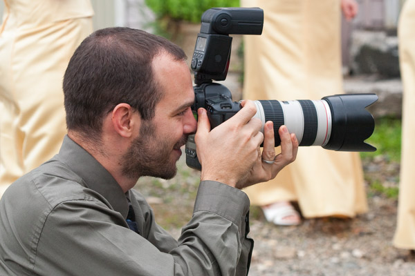 Kevin Quinlan Photographing a Wedding in Northeast Maryland