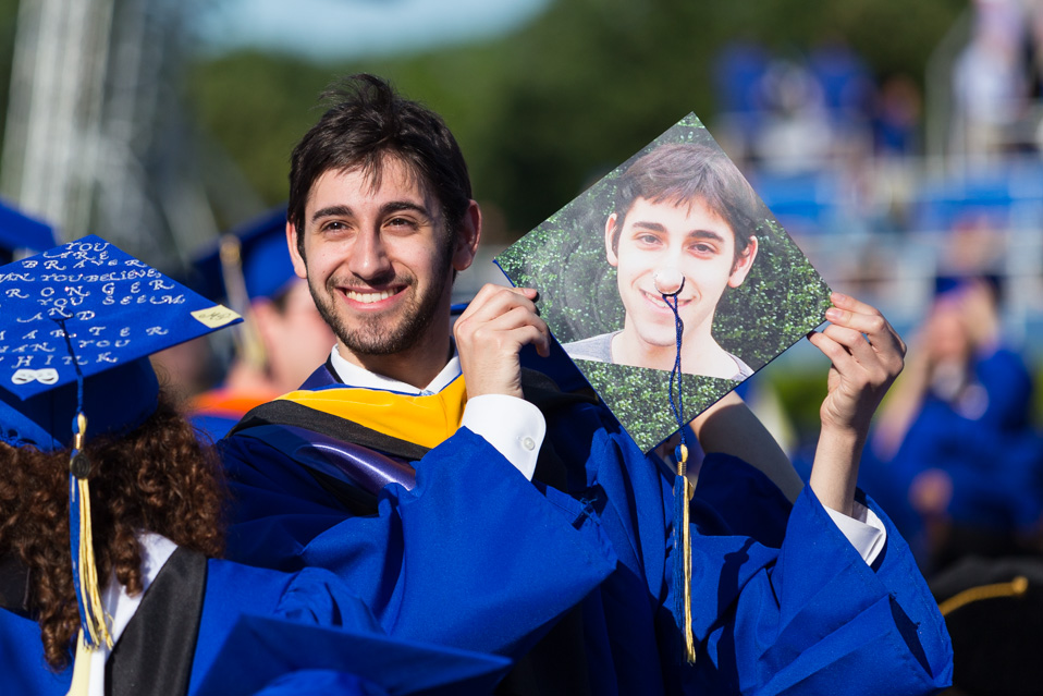 Funky How To Decorate Cap And Gown Inspiration - Images for wedding ...